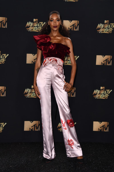 2017 MTV Movie and TV Awards 3.jpg