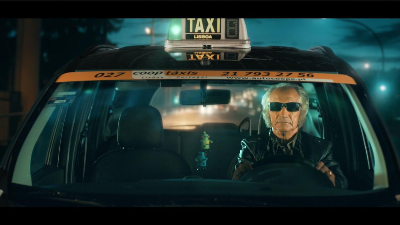 z_taxi2.jpg