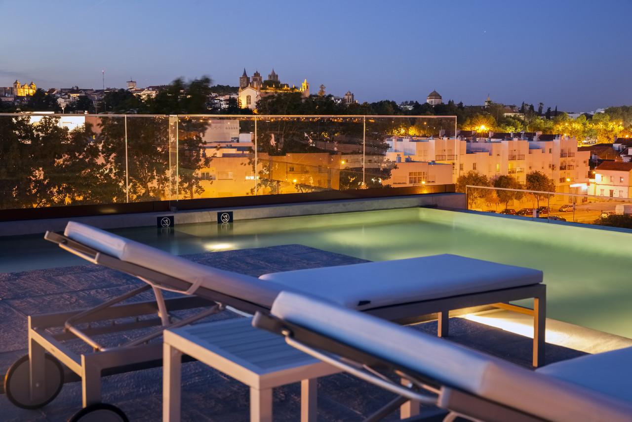 Vitoria_Stone_Hotel-Piscina-0021.jpg