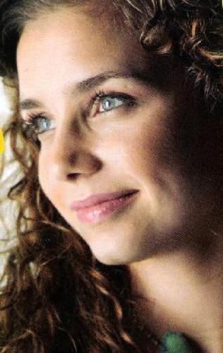 luciana abreu e filha. Luciana Abreu em mini-série