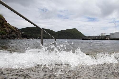 Bela imagem do cais pequeno da Silveira...com os pés dentro da água!