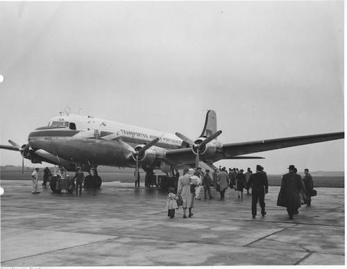 Embarque, Aeroporto de Lisboa, 195... (Museu da TAP, 142FOTG)