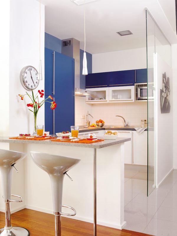 Barras para cocina de herreria for Cocinas modernas con barra desayunadora