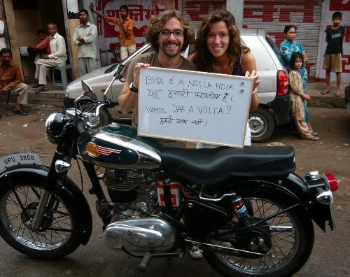 Dar a volta... uma volta à Índia de sidecar