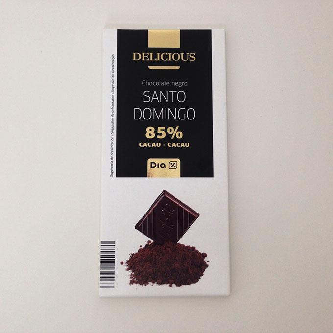 chocolate preto com muito cacau
