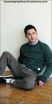Logan Lerman 15191379_59Ul9