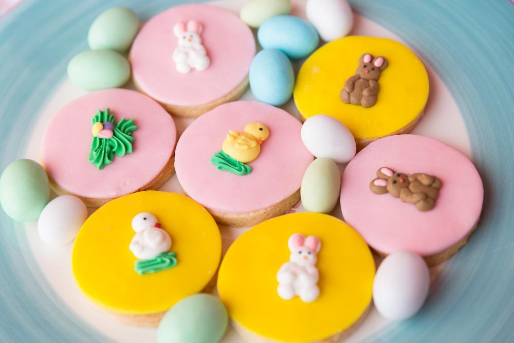 Bolachas decoradas com detalhes Docinho de Açúcar by Mundo de Sofia