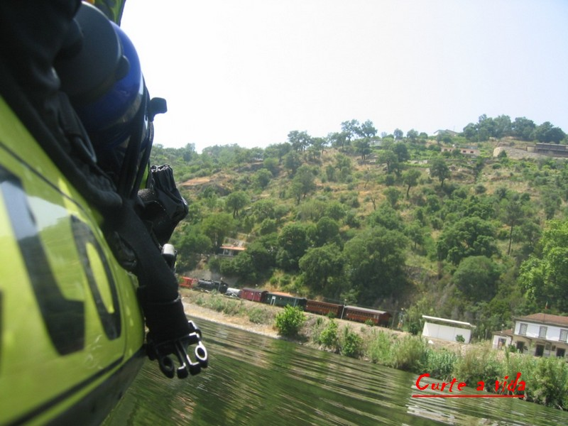 Fotos de Comboios Tiradas de Kayak 5487327_jWr27