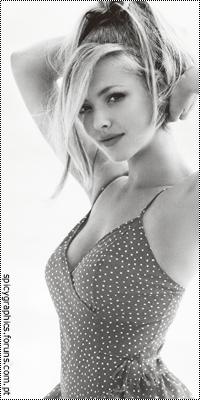 Amanda Seyfried 16842376_qFp97